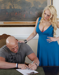 Sexy blonde Kagney Linn Karter loves the big hard cock